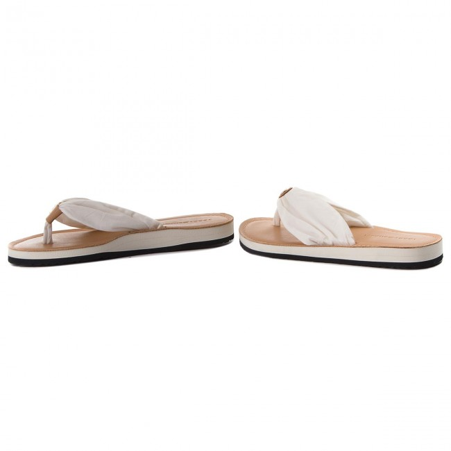 95a0572dc4b09 Japonki TOMMY HILFIGER - Leather Footbed Beach Sandal FW0FW00475 Whisper  White 121