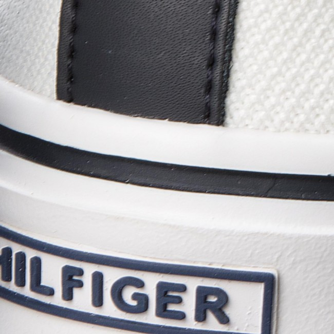 9a22bf5413b7e Tenisówki TOMMY HILFIGER - Lightweight Corporate Slip On FM0FM01634 White  100