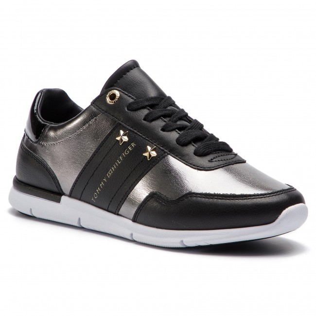 eac8bfaca3 Sneakersy TOMMY HILFIGER - Tommy Essential Leather Sneaker FW0FW03688 Black  990