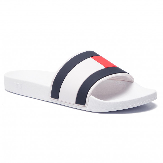 ff88ffadd12d6 Klapki TOMMY HILFIGER - Essential Flag Pool Slide FM0FM02327 White ...