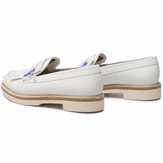 2b1448f658538 Półbuty TOMMY HILFIGER - Iridescent Detail Loafer FW0FW03930 Whisper White  121