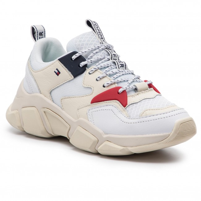 37a603f4f0c14 Sneakersy TOMMY HILFIGER - Wmn Chunky Mixed Textile Trainer FW0FW04065 White  100