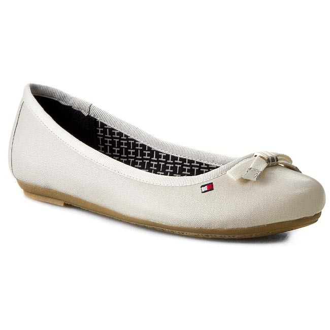 Baleriny TOMMY HILFIGER - Camilla 51A FW56818897 Whisper White 121 ... 5a7a128ee527