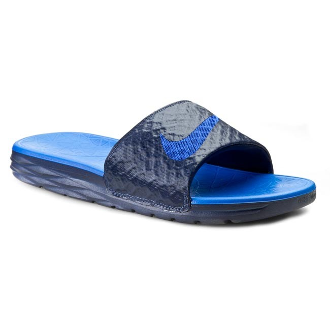 396531d453f35 Klapki NIKE - Benassi Solarsoft Slide 2 705474 440 Midnight Navy/Lyon Blue