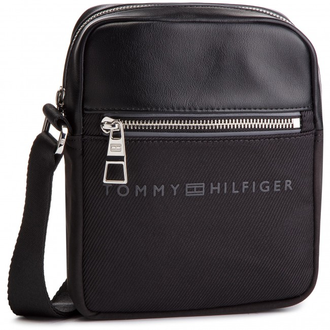 8591a32b2ac8c Saszetka TOMMY HILFIGER - Urban Novelty Mini Reporter AM0AM04248 002 ...