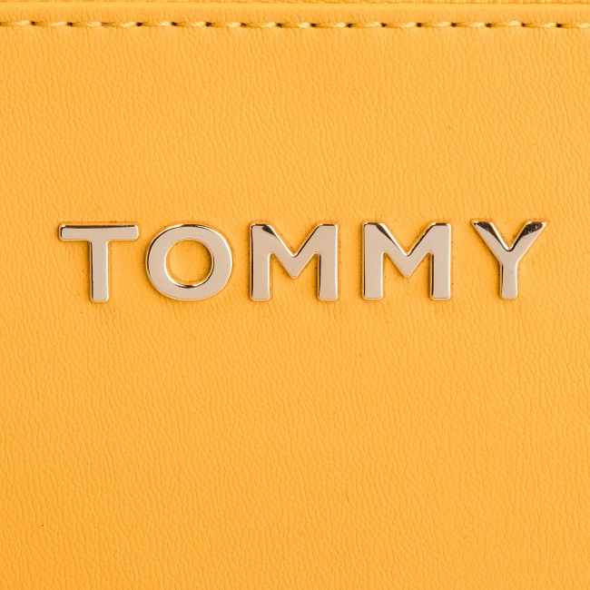 40c236c554e72 Torebka TOMMY HILFIGER - Cool Tommy Mini Trunk AW0AW06543 728 ...