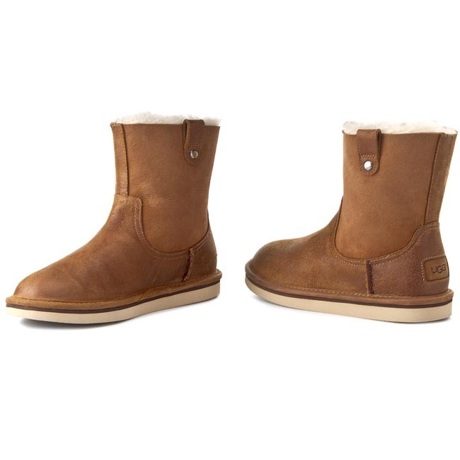 UGG Black Friday - Cyber Monday Girls with FREE Shipping & Exchanges, and a % price guarantee. Choose from a huge selection of UGG Black Friday - Cyber Monday Girls styles.