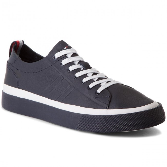 590d6e35fca7 Laisvalaikio batai TOMMY HILFIGER - Unlined Low Cut Leather Sneaker  FM0FM01627 Midnight 403