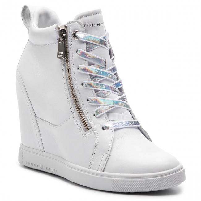 Sneakersy TOMMY HILFIGER - Iridescent Dress Sneaker FW0FW03921  White 100