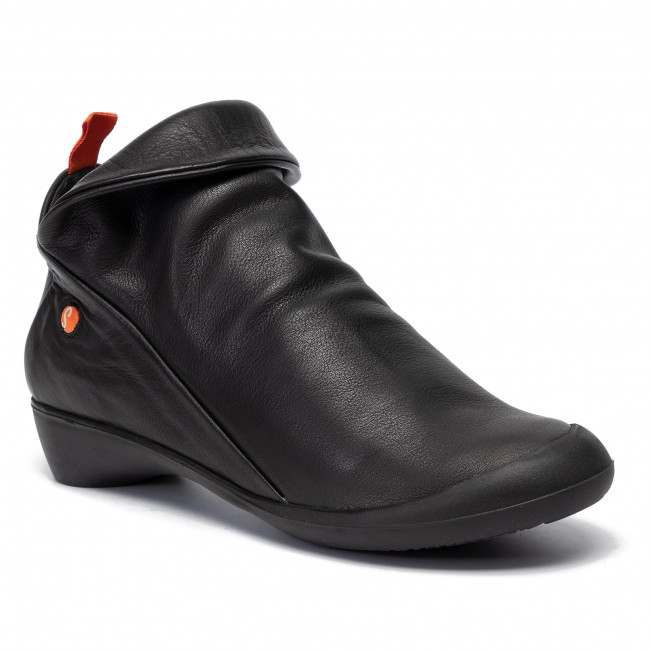 Softinos Ankle boot - black/red