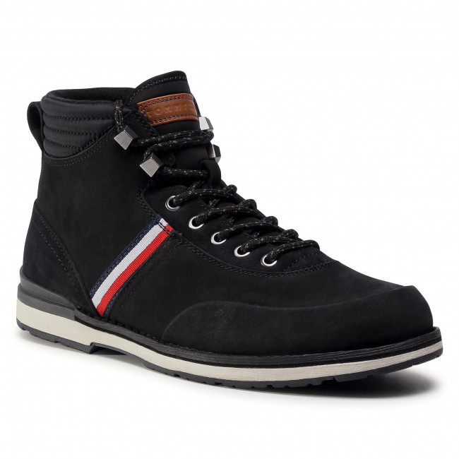 Trzewiki TOMMY HILFIGER - Outdoor Corporate Nubuck Boot FM0FM03060 Black BDS
