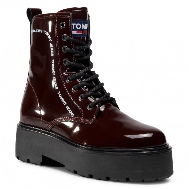 Trapery TOMMY JEANS - Patent Lace Up Boot EN0EN01151 Deep Sangria GR2