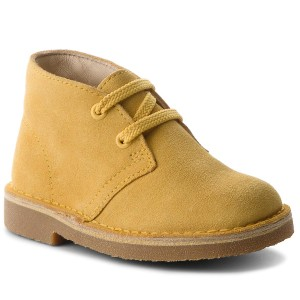 d4dc4bdc5a93ef Trzewiki CLARKS - Desert Boot 261332207 Yellow Suede