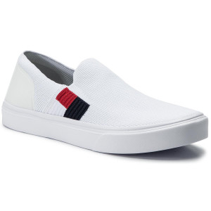 1b56ce7e Tenisówki TOMMY HILFIGER - Lightweight Knit Flag Slip On FM0FM02546 White  YBS